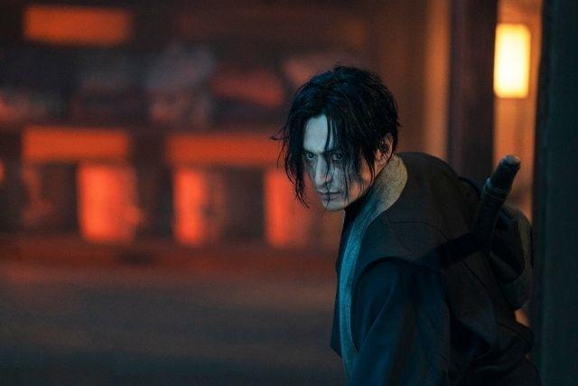 L'acteur ISEYA Yūsuke est SHINOMORI Aoshi